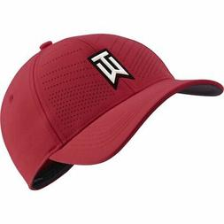Nike Golf Tiger Woods TW  Heritage 86 Fitted Golf Hat COLOR: