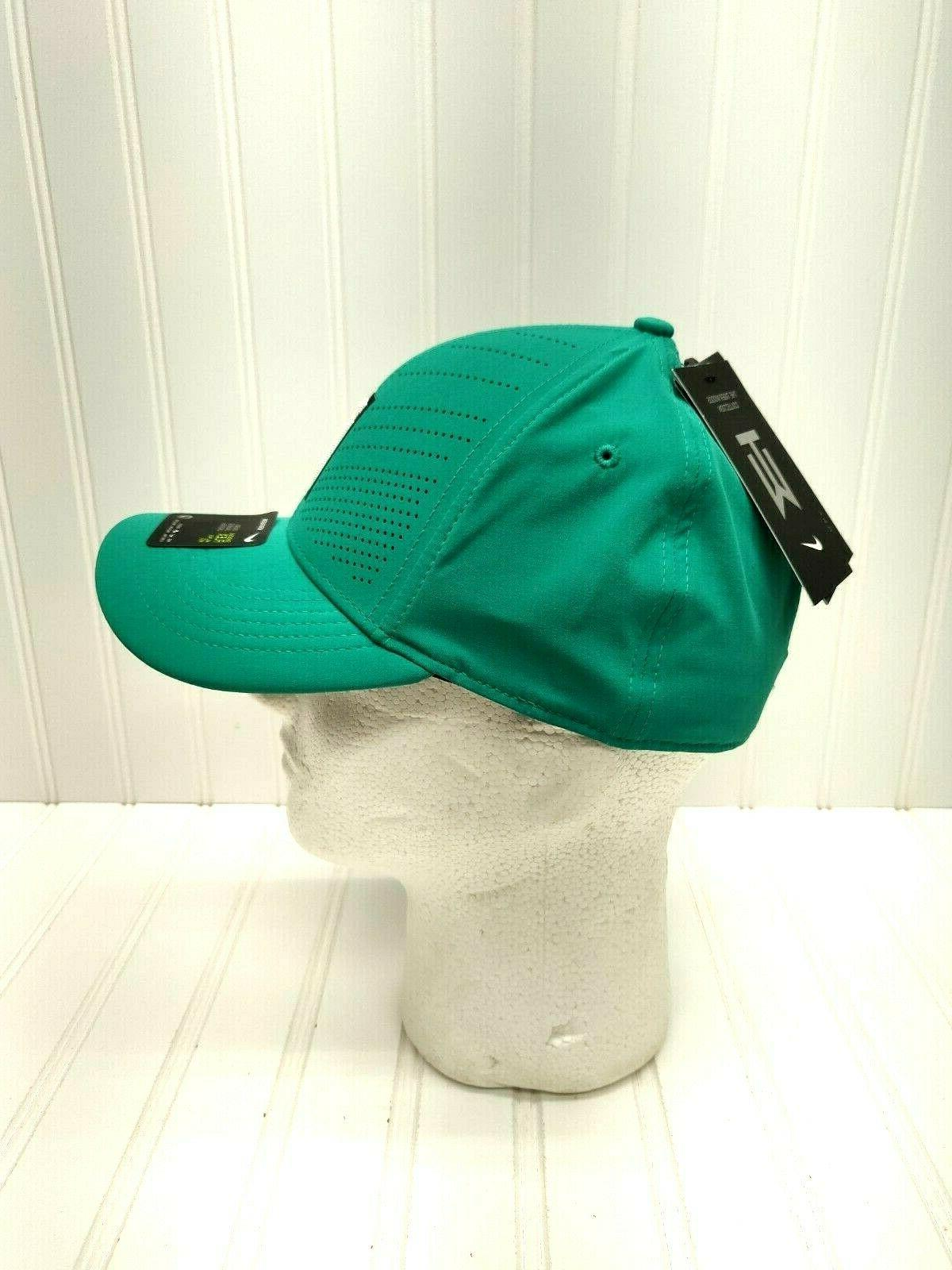 NWT Aerobill Tiger Woods Flex Cap Green