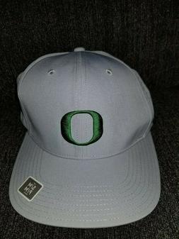 Nike kids Golf Oregon Duck Gray Hat Cap 820445 012