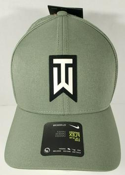 Nike Tiger Wood's Collection TW Aerobill Classic 99 Fitted G